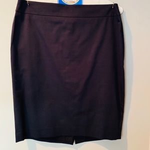 Ann Taylor Summer Suiting Skirt - Size 8P